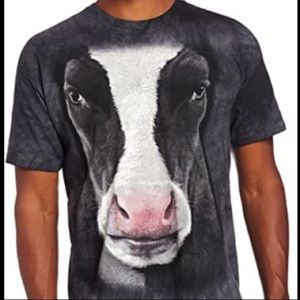Cow face shirt by the mountain size medium